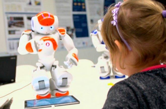 http://www.energoinform.org/news/2015/information/images/learningrobot.jpg